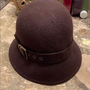 Gently worn wool hat- brown